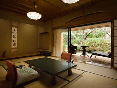本館 露天風呂付和洋室(70平米)